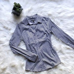 Banana Republic black & white heart pattern blouse